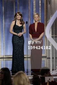 Tina Fey and Amy Poehler 1 - Golden Globes 2013