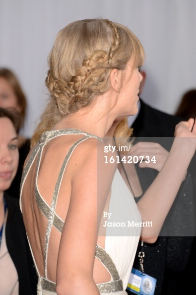 Taylor Swift hair - Grammys 2013