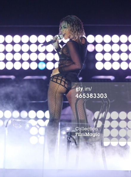 Beyonce Grammys 2014 stage