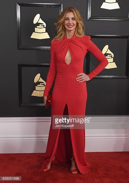 grammys 17 faith hill.jpg