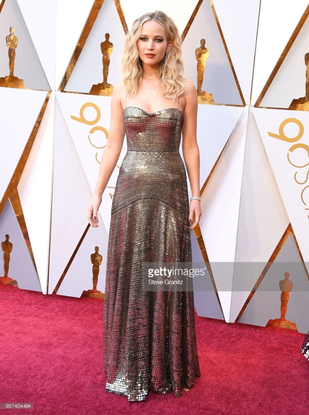 oscars 18 jennifer lawrence.jpg