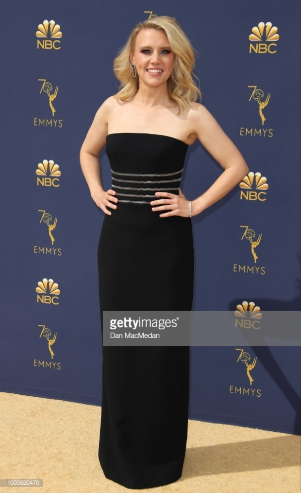 emmys 2018 kate mckinnon (red carpet).jpg